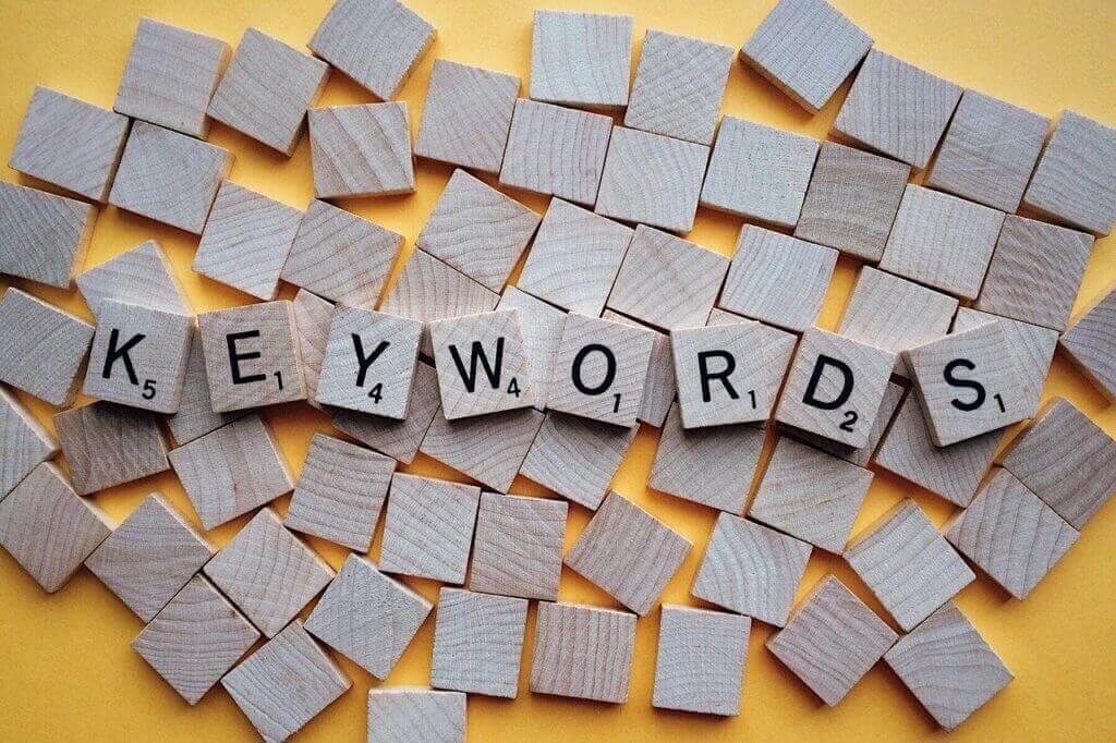 SEO 対策をするキーワードに沿った記事コンテンツを制作する流れと意識するべき 3 つのポイント